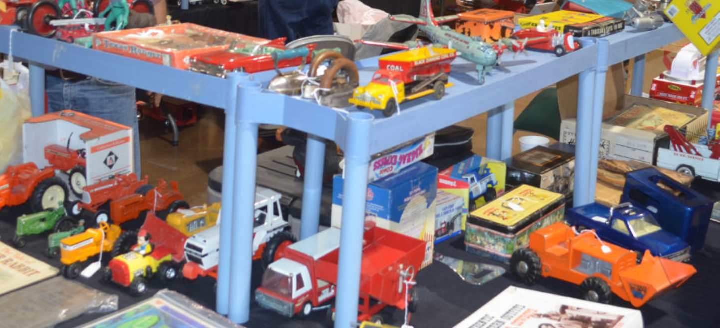 Timber Dan Toy Show & Sale